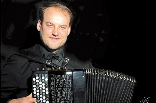 L'accordéoniste Vladimir Sidorov en concert  à Saint-Sébastien -   : Culture